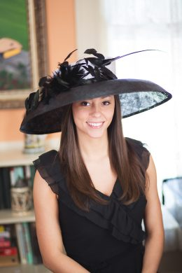 holly-go-lightly-at-churchill-kentucky-derby-hat-triple-crown-races