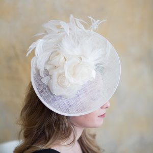 kentucky-derby-saucer-hat-by-polly-singer