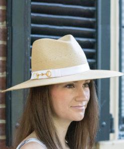Harriet hat